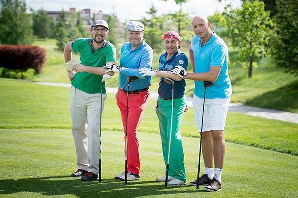 Попробуйте  Попробовать «на вкус» лучшие гольф поля Греции и испытать их в турнире с командой новых друзей